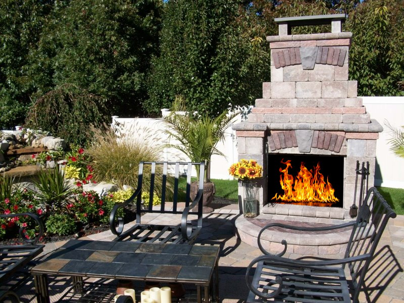 outdoor unilock fireplace