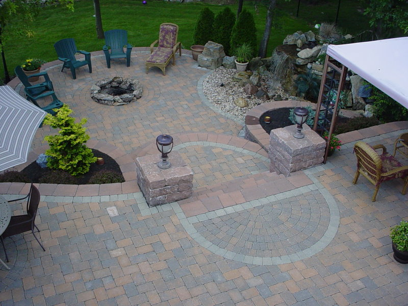 Raised patio with firepit